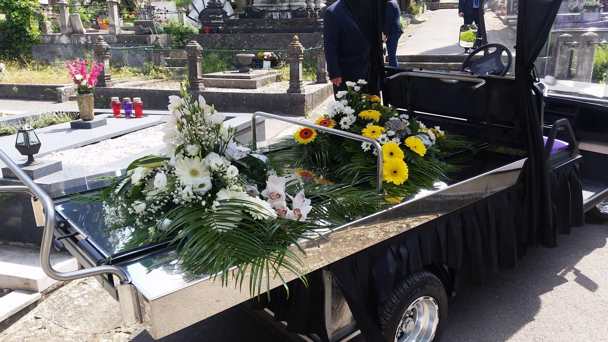 Električno pogrebno vozilo Hearse