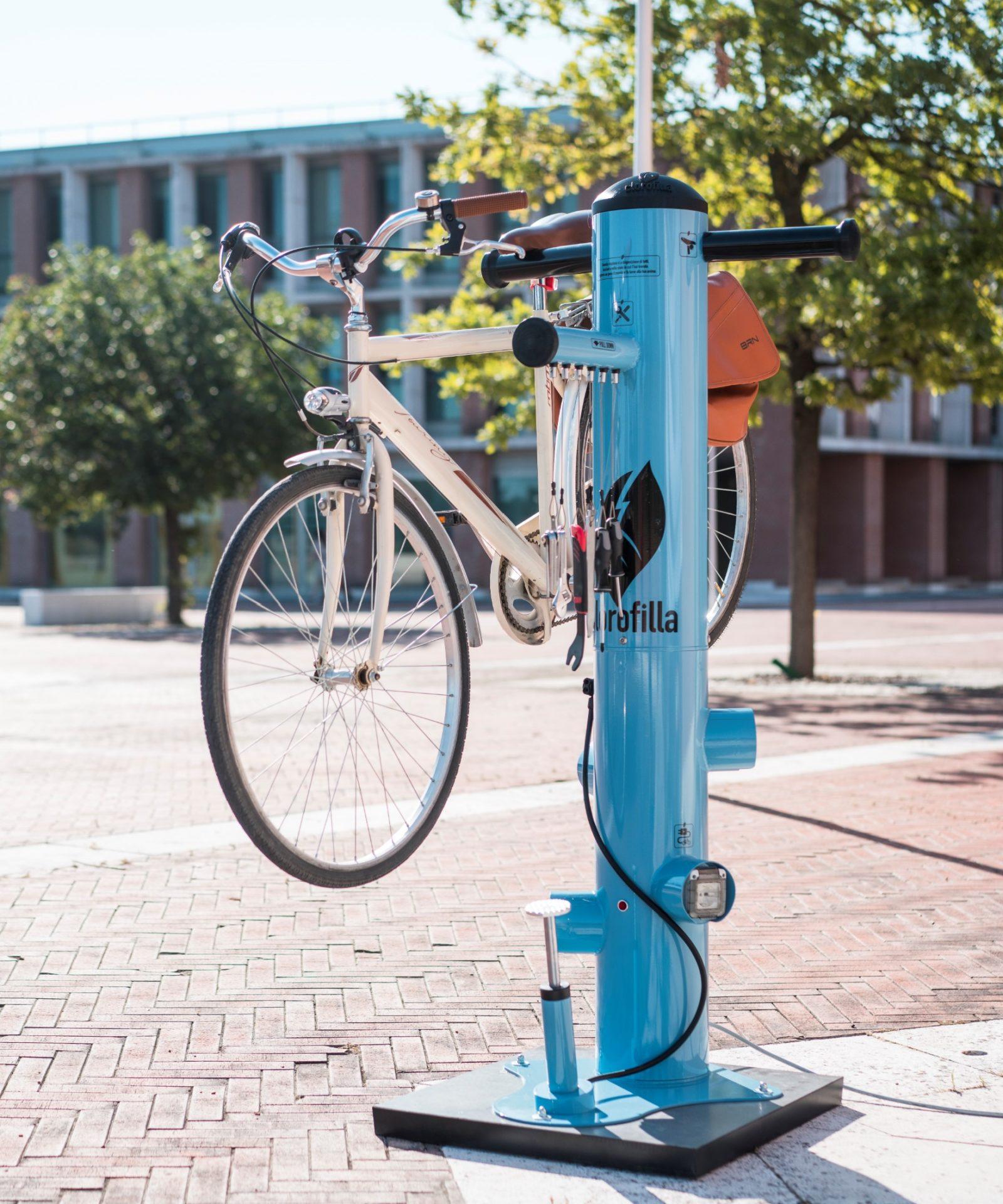 Postaja za polnjenje električnih koles